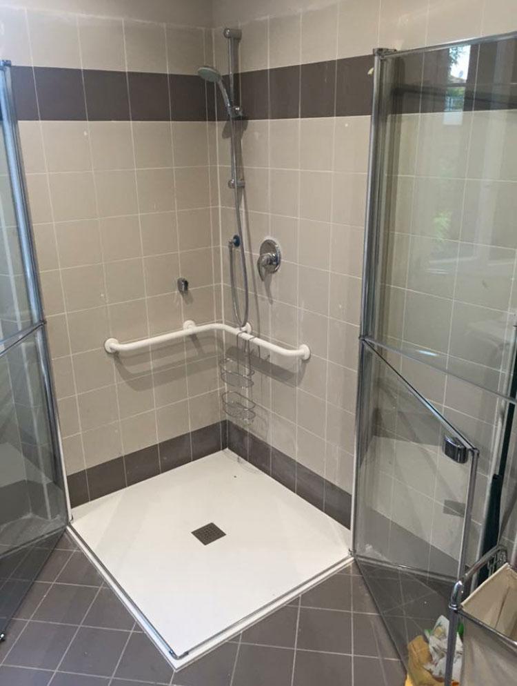 Doccia aperta doccia aperta misure porta battente per box for Doccia aperta